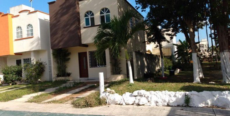 Casa Renta/VENTA privada San Bartolome Av Las Torres $ 12,000 / $ 1,950,000